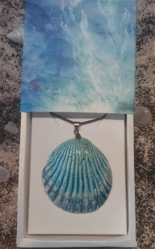 Ceramic Shell Pendant - Otro Mar Ceramics