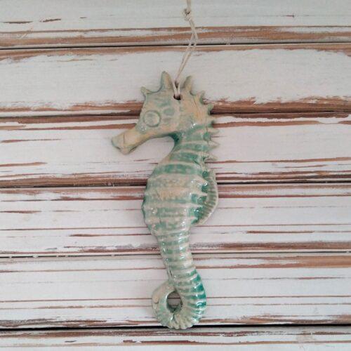 caballito del mar en cerámica